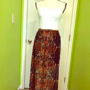 NWOT Floral Design Spaghetti Strap Maxi Dress